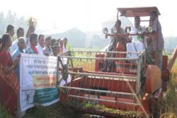 Shri-Anvar-Sadath-M-L-A-inaugurating-the-harvest-mela-in-connection-with-FFS-on-Paddy-mechanization-at-Kanjoor,-Kalady